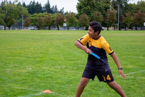 Ultimate-Frisbee-Beginner-2